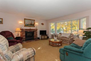 Photo 4: 2210 MADRONA Place in Surrey: King George Corridor House for sale (South Surrey White Rock)  : MLS®# R2221007