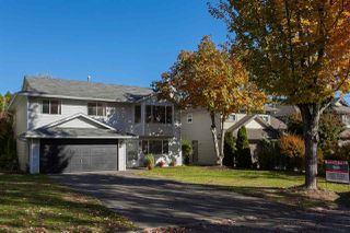 Photo 1: 2210 MADRONA Place in Surrey: King George Corridor House for sale (South Surrey White Rock)  : MLS®# R2221007