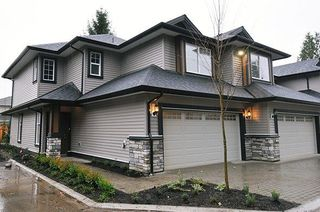 "Photo 1: 6 11548 207 Street in Maple Ridge: Southwest Maple Ridge Townhouse for sale in ""WESTRIDGE LANE"" : MLS®# R2224983"