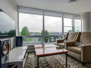 "Photo 5: 315 1783 MANITOBA Street in Vancouver: False Creek Condo for sale in ""RESIDENCES AT WEST"" (Vancouver West)  : MLS®# R2226250"