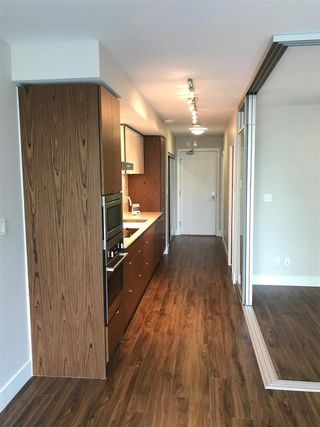 "Photo 2: 519 159 W 2ND Avenue in Vancouver: False Creek Condo for sale in ""Tower Green at West"" (Vancouver West)  : MLS®# R2231645"