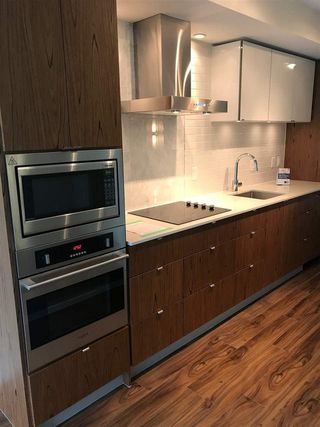 "Photo 6: 519 159 W 2ND Avenue in Vancouver: False Creek Condo for sale in ""Tower Green at West"" (Vancouver West)  : MLS®# R2231645"