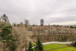 "Photo 13: 801 6837 STATION HILL Drive in Burnaby: South Slope Condo for sale in ""Claridges"" (Burnaby South)  : MLS®# R2239068"