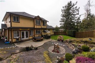 Photo 10: 630 Granrose Terrace in VICTORIA: Co Latoria Single Family Detached for sale (Colwood)  : MLS®# 390013