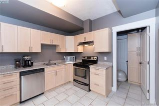 Photo 19: 630 Granrose Terrace in VICTORIA: Co Latoria Single Family Detached for sale (Colwood)  : MLS®# 390013