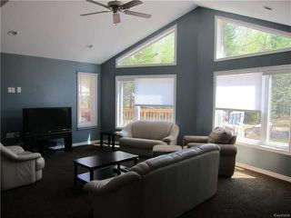 Photo 3: 17 Clearwater Cove in Victoria Beach: Clearwater Cove Residential for sale (R27)  : MLS®# 1813270