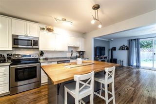 """Photo 2: 39806 NO NAME Road in Squamish: Northyards Townhouse for sale in """"MAMQUAM MEWS"""" : MLS®# R2277636"""