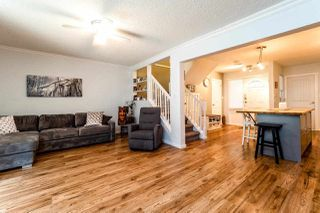 """Photo 7: 39806 NO NAME Road in Squamish: Northyards Townhouse for sale in """"MAMQUAM MEWS"""" : MLS®# R2277636"""