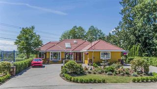 Photo 1: 6625 180 Street in Surrey: Cloverdale BC House for sale (Cloverdale)  : MLS®# R2289221