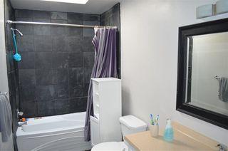 "Photo 14: 2991 BERKS Street in Abbotsford: Abbotsford East House for sale in ""Lower Ten Oaks"" : MLS®# R2298150"