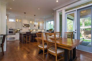 "Photo 5: 13185 14 Avenue in Surrey: Crescent Bch Ocean Pk. House for sale in ""Ocean Park"" (South Surrey White Rock)  : MLS®# R2303691"