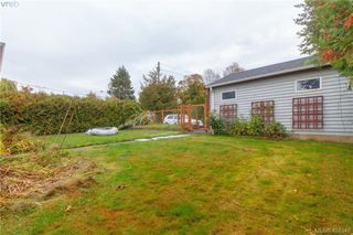Photo 10: 475 Kinver St in VICTORIA: Es Saxe Point House for sale (Esquimalt)  : MLS®# 803807