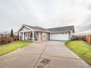 Main Photo: 5696 LOUISE Way in Sechelt: Sechelt District House for sale (Sunshine Coast)  : MLS®# R2331707