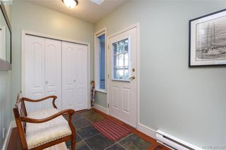 Photo 5: 29 4525 Wilkinson Rd in VICTORIA: SW Royal Oak Row/Townhouse for sale (Saanich West)  : MLS®# 805623