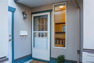 Photo 4: 29 4525 Wilkinson Rd in VICTORIA: SW Royal Oak Row/Townhouse for sale (Saanich West)  : MLS®# 805623