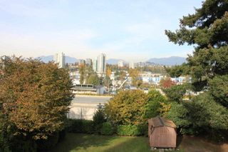"""Photo 4: 5309 5311 MANOR Street in Burnaby: Central BN House for sale in """"CENTRAL BURNABY"""" (Burnaby North)  : MLS®# R2338973"""