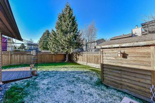 "Photo 18: 13435 68A Avenue in Surrey: West Newton House 1/2 Duplex for sale in ""Bentley"" : MLS®# R2339160"