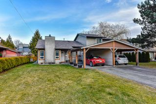 "Photo 1: 13435 68A Avenue in Surrey: West Newton House 1/2 Duplex for sale in ""Bentley"" : MLS®# R2339160"