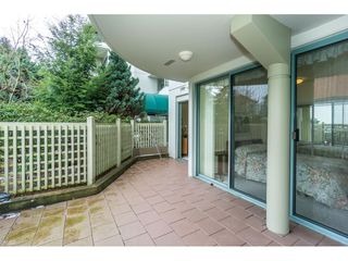 """Photo 17: 107 1725 MARTIN Drive in Surrey: Sunnyside Park Surrey Condo for sale in """"Southwynd"""" (South Surrey White Rock)  : MLS®# R2339886"""