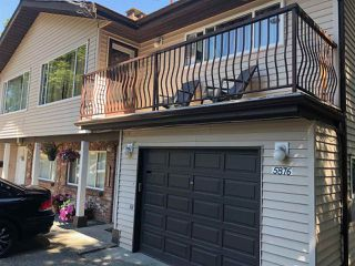 """Photo 5: 5876 - 5878 172 Street in Surrey: Cloverdale BC House Duplex for sale in """"Cloverdale"""" (Cloverdale)  : MLS®# R2343112"""