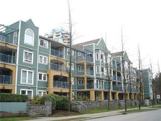 "Main Photo: 303 1189 WESTWOOD Street in Coquitlam: North Coquitlam Condo for sale in ""LAKEWOOD"" : MLS®# R2349343"