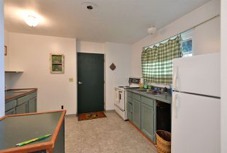 Photo 13: 775 MARINE Drive in Gibsons: Gibsons & Area House for sale (Sunshine Coast)  : MLS®# R2349624