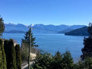 Photo 4: 775 MARINE Drive in Gibsons: Gibsons & Area House for sale (Sunshine Coast)  : MLS®# R2349624