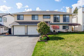 Photo 1: 2785 DEHAVILLAND Drive in Abbotsford: Abbotsford West House for sale : MLS®# R2352724