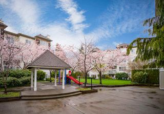 "Photo 4: 209 10186 155 Street in Surrey: Guildford Condo for sale in ""Sommerset."" (North Surrey)  : MLS®# R2354134"