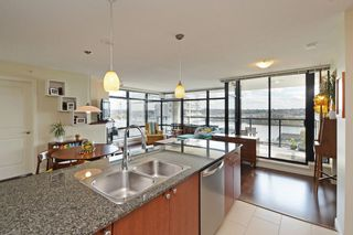 """Photo 8: 705 610 VICTORIA Street in New Westminster: Downtown NW Condo for sale in """"The Point"""" : MLS®# R2356448"""