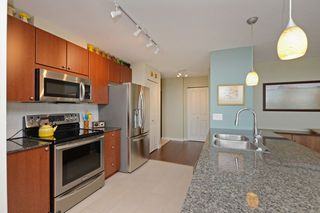"""Photo 7: 705 610 VICTORIA Street in New Westminster: Downtown NW Condo for sale in """"The Point"""" : MLS®# R2356448"""
