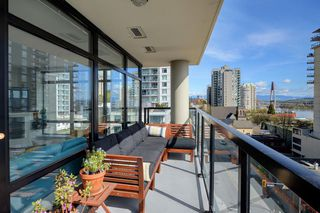 """Photo 18: 705 610 VICTORIA Street in New Westminster: Downtown NW Condo for sale in """"The Point"""" : MLS®# R2356448"""