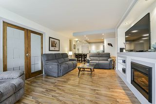 "Photo 3: 206 710 SEVENTH Avenue in New Westminster: Uptown NW Condo for sale in ""THE HERITAGE"" : MLS®# R2361455"
