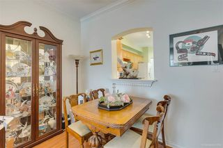 """Photo 7: 328 3098 GUILDFORD Way in Coquitlam: North Coquitlam Condo for sale in """"Marlborough House"""" : MLS®# R2367049"""