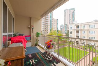 """Photo 17: 328 3098 GUILDFORD Way in Coquitlam: North Coquitlam Condo for sale in """"Marlborough House"""" : MLS®# R2367049"""