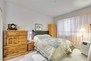 """Photo 13: 328 3098 GUILDFORD Way in Coquitlam: North Coquitlam Condo for sale in """"Marlborough House"""" : MLS®# R2367049"""