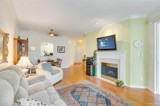 """Photo 5: 328 3098 GUILDFORD Way in Coquitlam: North Coquitlam Condo for sale in """"Marlborough House"""" : MLS®# R2367049"""