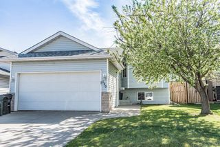 Main Photo: 129 CRYSTAL Lane: Sherwood Park House for sale : MLS®# E4157527