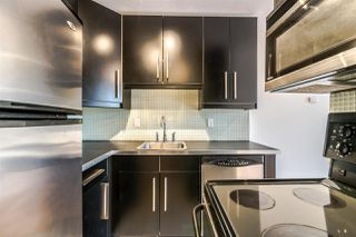 """Photo 7: 1204 1146 HARWOOD Street in Vancouver: West End VW Condo for sale in """"THE LAMPLIGHTER"""" (Vancouver West)  : MLS®# R2374402"""