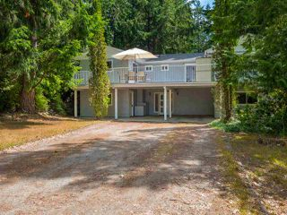 "Main Photo: 5752 NICKERSON Road in Sechelt: Sechelt District House for sale in ""WEST SECHELT"" (Sunshine Coast)  : MLS®# R2380776"