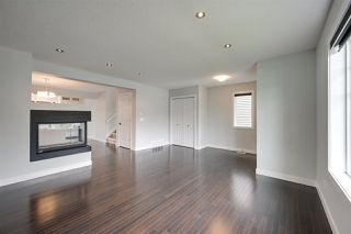 Photo 5: 1025 177A Street in Edmonton: Zone 56 House for sale : MLS®# E4164501