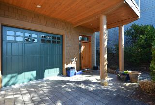 "Photo 5: 5370 WAKEFIELD BEACH Lane in Sechelt: Sechelt District Townhouse for sale in ""WAKEFIELD BEACH"" (Sunshine Coast)  : MLS®# R2409390"