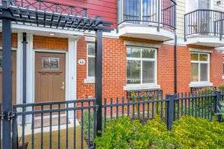 """Photo 2: 44 8068 207 Street in Langley: Willoughby Heights Townhouse for sale in """"Willoughby"""" : MLS®# R2410149"""