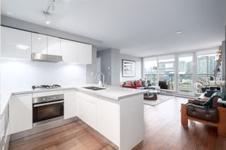 Photo 6: 1002 188 KEEFER Street in Vancouver: Downtown VE Condo for sale (Vancouver East)  : MLS®# R2427148
