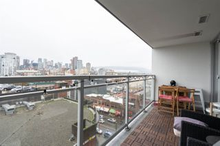 Photo 2: 1002 188 KEEFER Street in Vancouver: Downtown VE Condo for sale (Vancouver East)  : MLS®# R2427148