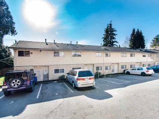Photo 1: 323 MARATHON Court in Coquitlam: Central Coquitlam Townhouse for sale : MLS®# R2437669