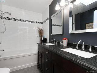 Photo 14: 1 901 Kentwood Lane in VICTORIA: SE Broadmead Row/Townhouse for sale (Saanich East)  : MLS®# 422124