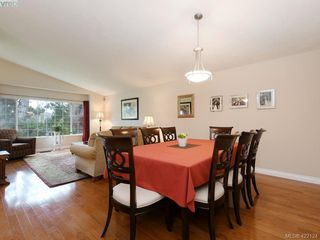 Photo 11: 1 901 Kentwood Lane in VICTORIA: SE Broadmead Row/Townhouse for sale (Saanich East)  : MLS®# 422124