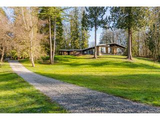 "Photo 1: 20921 96 Avenue in Langley: Walnut Grove House for sale in ""WALNUT GROVE"" : MLS®# R2459997"
