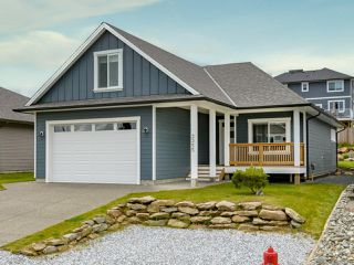 Photo 1: 3355 Solport St in CUMBERLAND: CV Cumberland House for sale (Comox Valley)  : MLS®# 841717